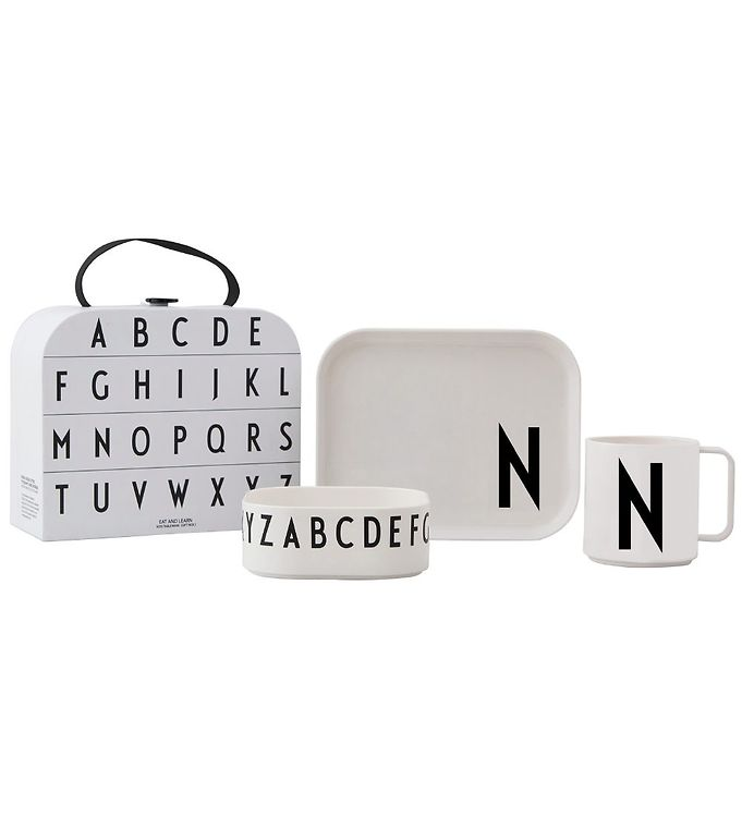 Image of Design Letters Spisesæt - Classics In A Suitcase - N (MF846)